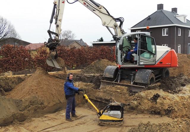 Grondwerk nieuwbouw woning op plan Merenveld te Nederweert