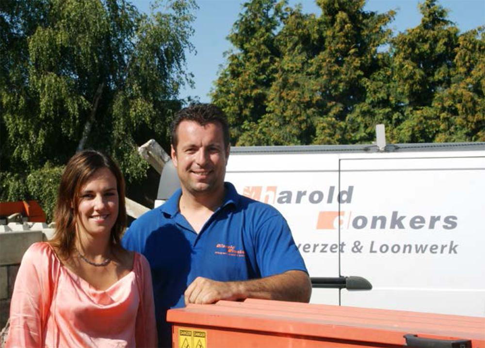 Harold Donkers runt samen met partner Mariëlle Kluskens het loon- en grondverzetbedrijf in Nederweert.